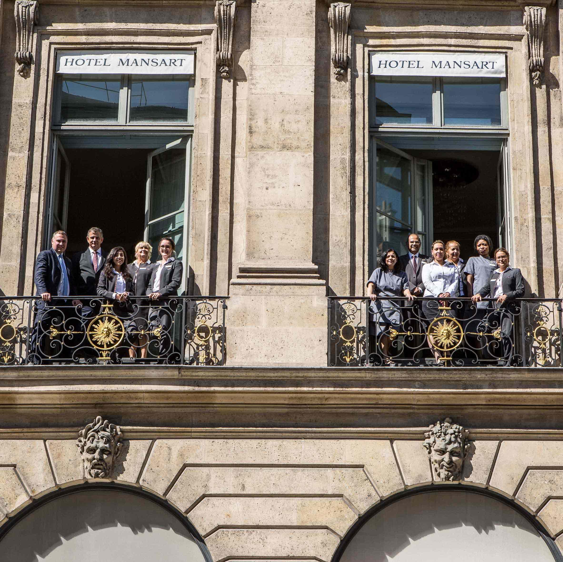 l'equipe de l'hôtel Mansart