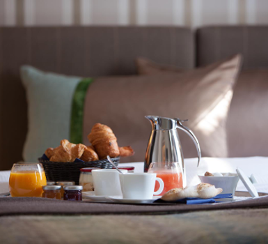 petit-dejeuner-hotel-paris