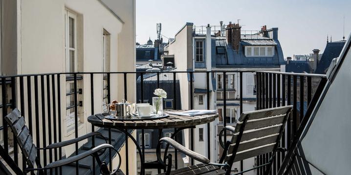 Le balcon de la suite de l'Hôtel 4 étoile d'Orsay à Paris